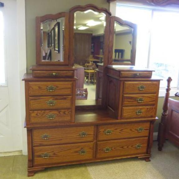 Hi low dresser with mirror