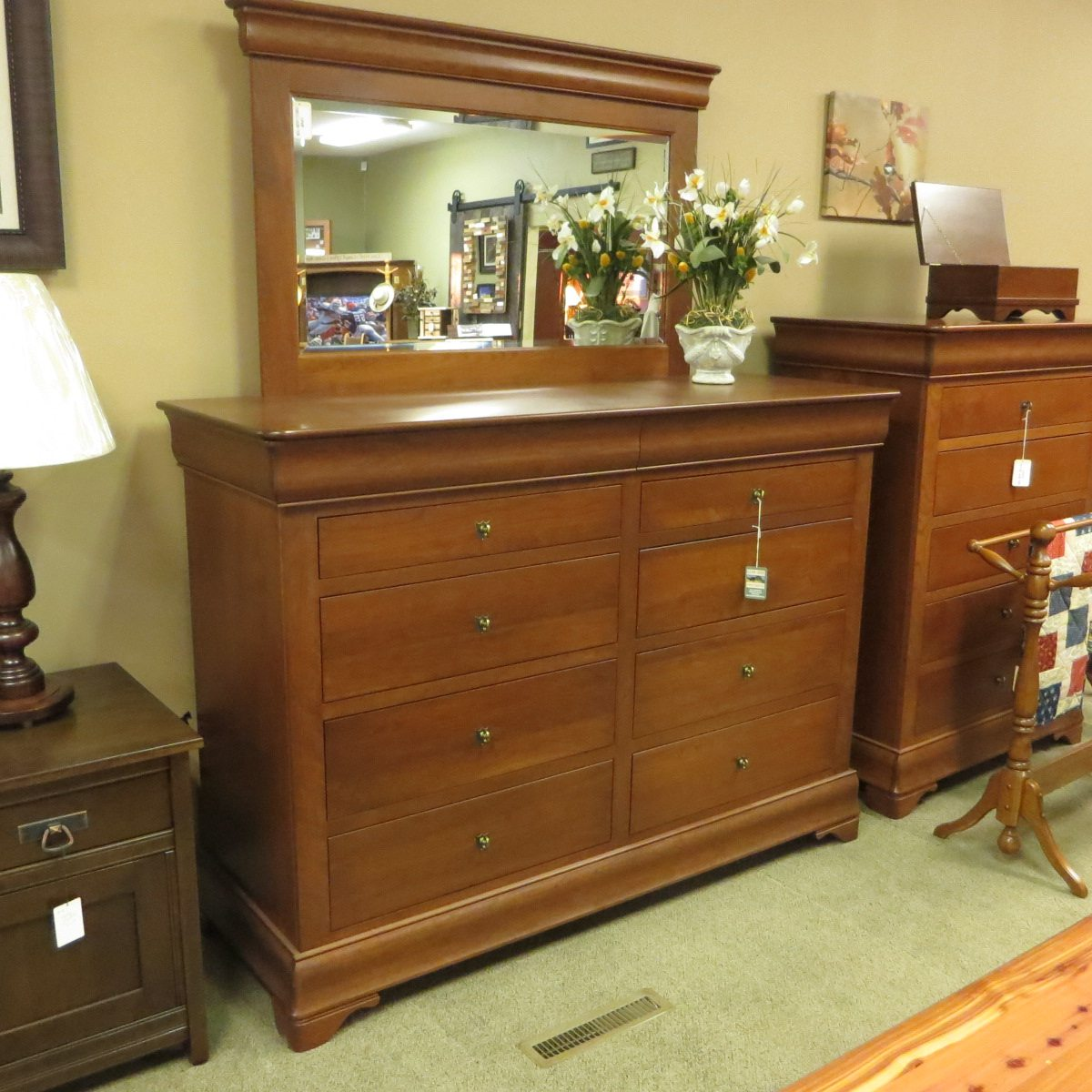 Attirant Furnish Your Bedroom With A Collection From Our Handcrafted Amish Furniture  Collections. Visit Our Ohio Amish Furniture Store East ...