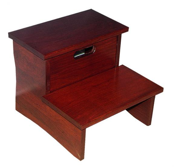CWF400 Shaker Bedroom Set Step Stool