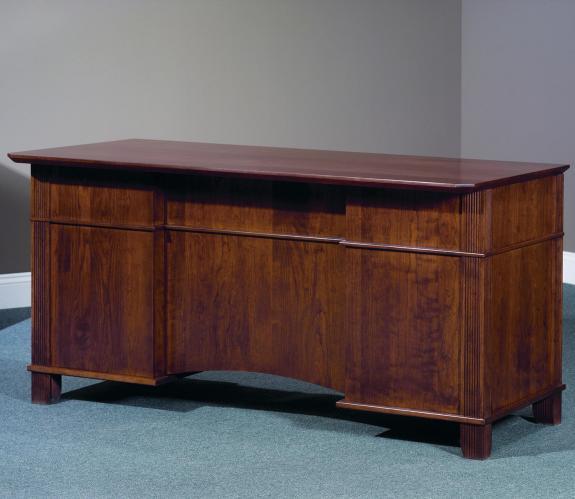 861 Arlington Executive Desk