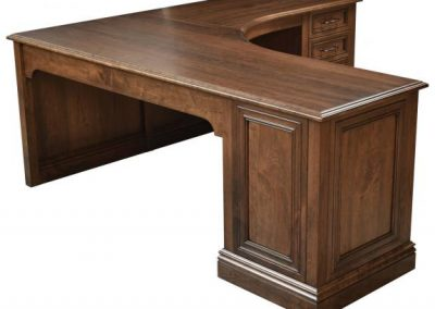 Angelo-Desk-Right-Wing