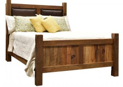 Barnwwod-Farmhouse-Bed-with-Leather