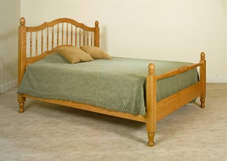 Crown Villa Bedroom Set MB3311 Spindle Bed