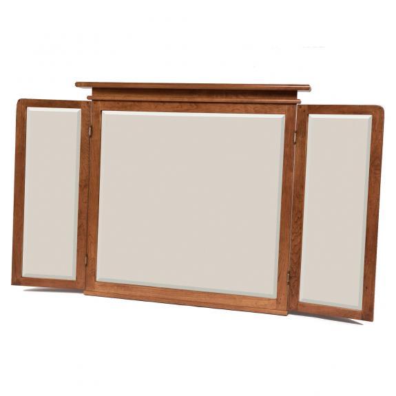 Elliot Ridge Bedroom Furniture Set Tri Fold Mirror