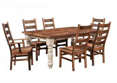 Farmhouse-Barnwood-Dining-Table-with-Chairs