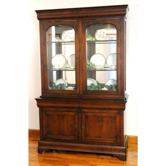 LP 548522 Louise Philippe Two Door Hutch