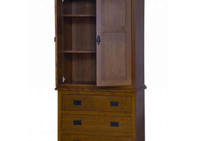 Michaels-Armoire-Open