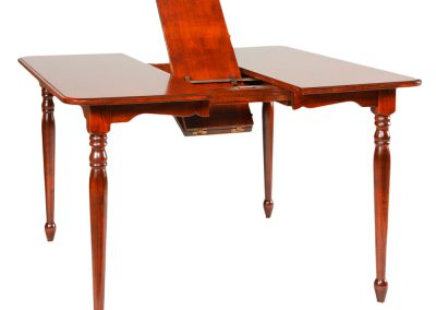 New-England-Butterfly-Leaf-Table