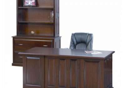 Newport-Executive-Desk-Front