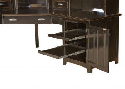 Oakwood-Corner-Desk-Detail