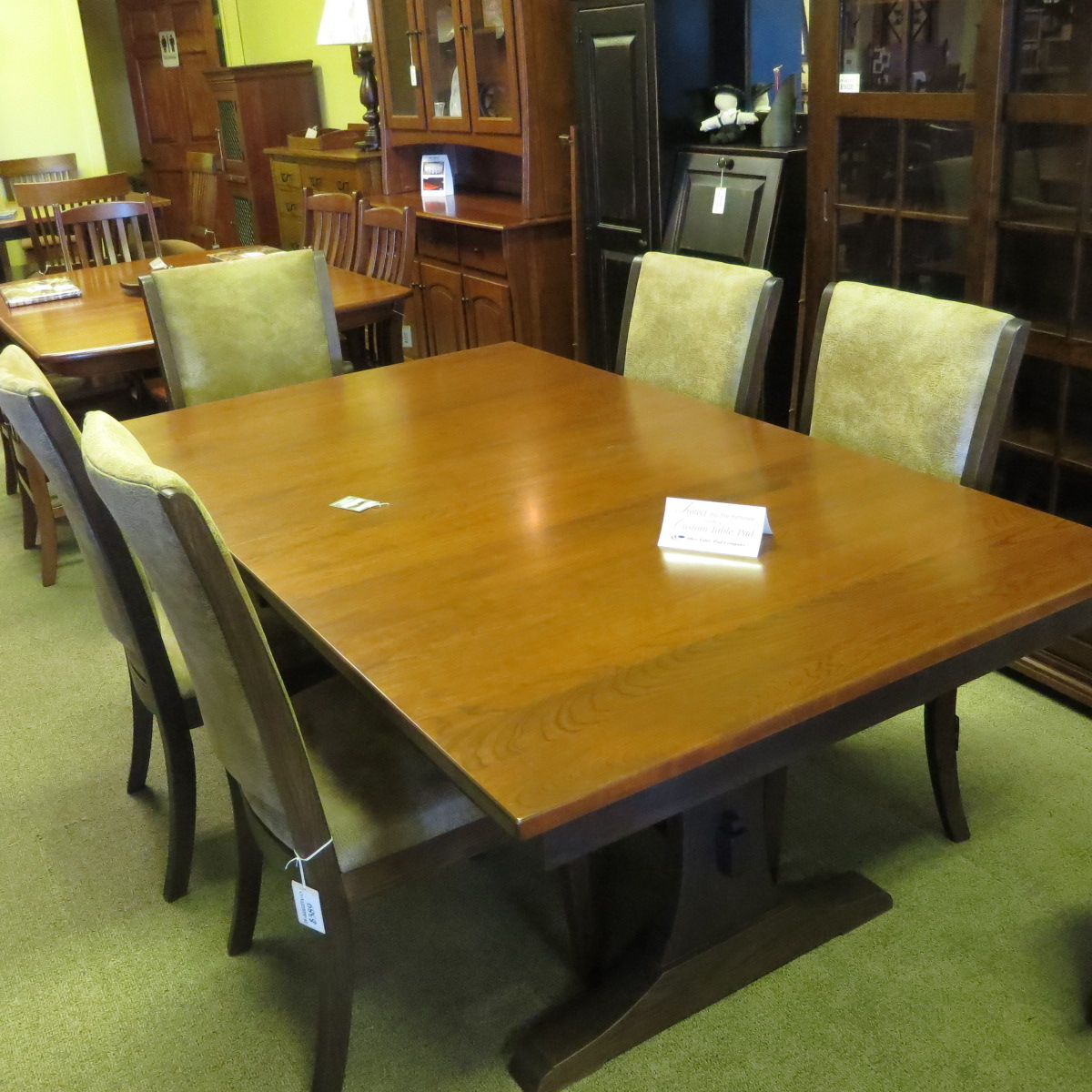 Trestle Base 42 X 72 Table With 2 Leaves And 6 Chairs IMG 09441