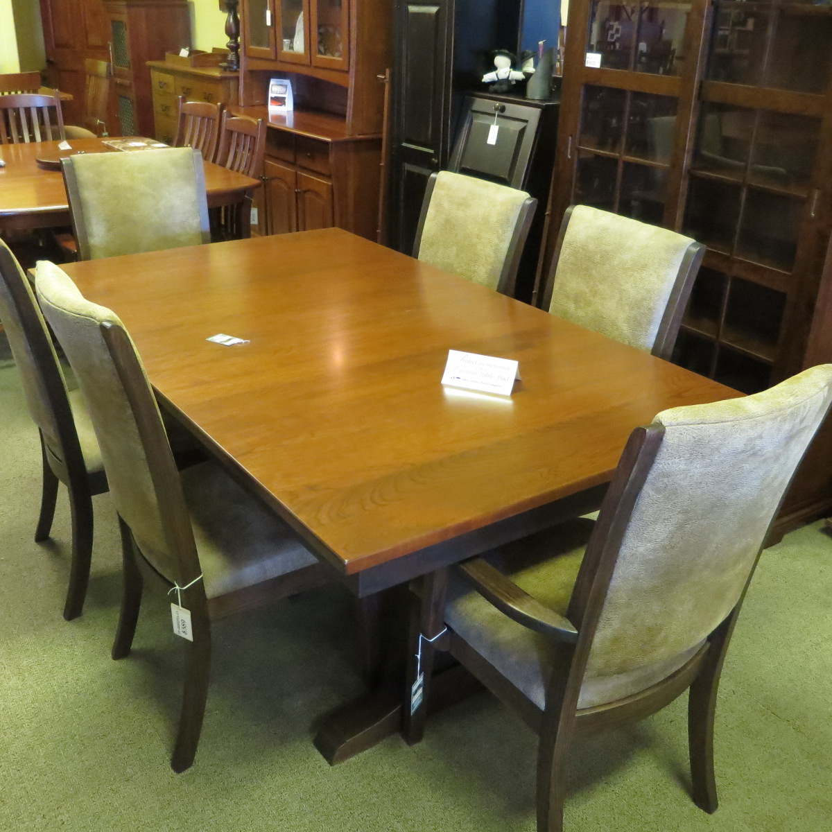 Trestle base 42 x 72 table with 2 leaves and 6 chairs