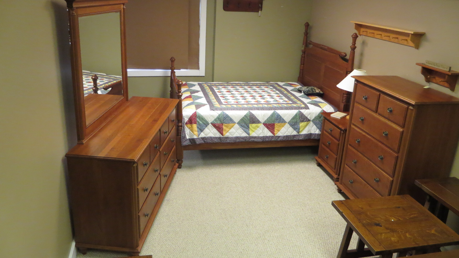 Traditional bedroom in cherry