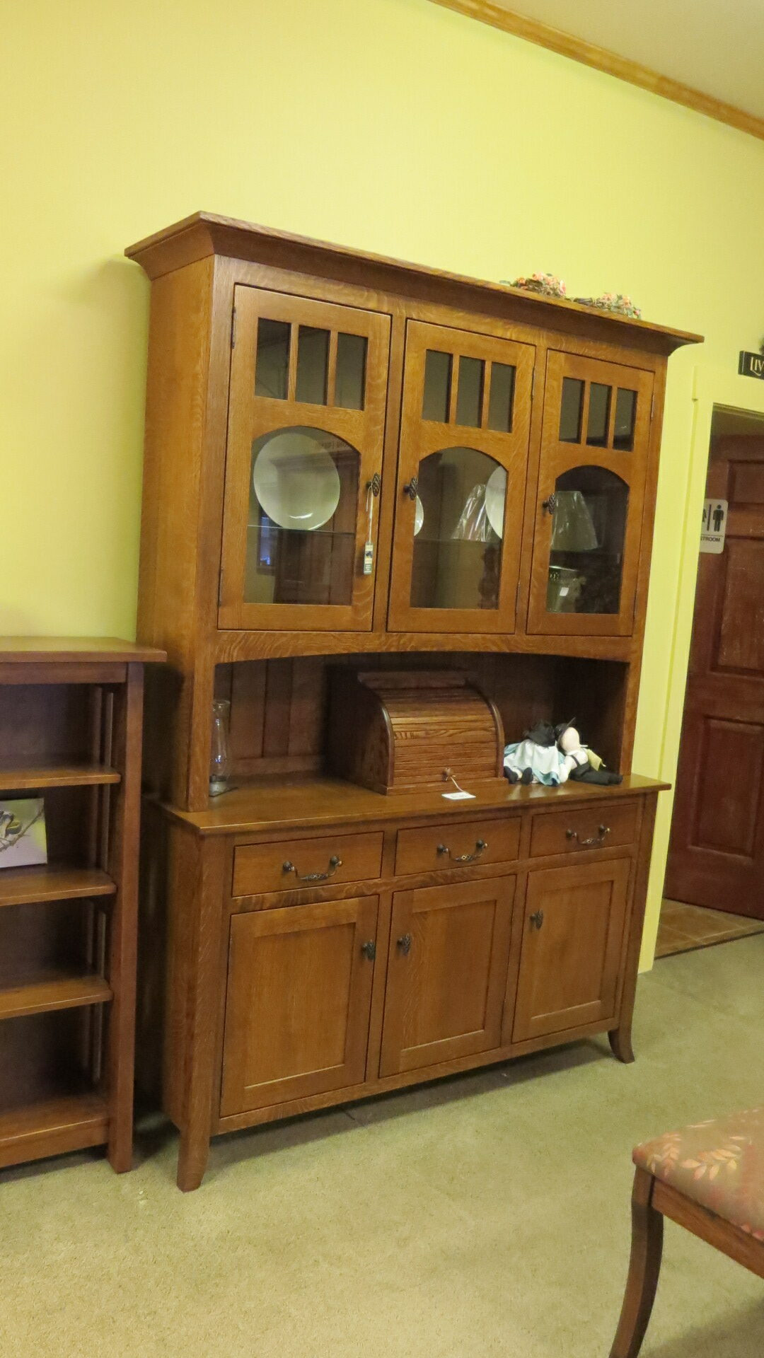Bunker Hill Hutch, stock